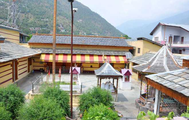 SC stays takeover of Raghunath temple at Kullu