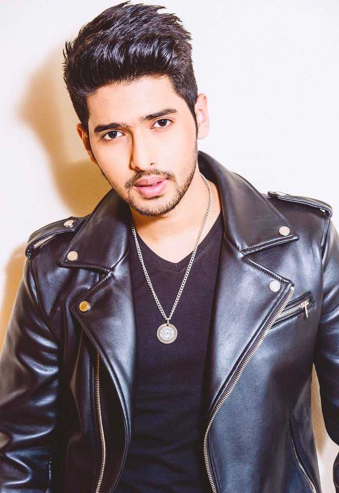 Armaan malik scores over sonu nigam for Arman biographie