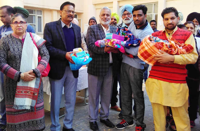 Breaking barriers, Lohri celebrated with 17 newborn girls