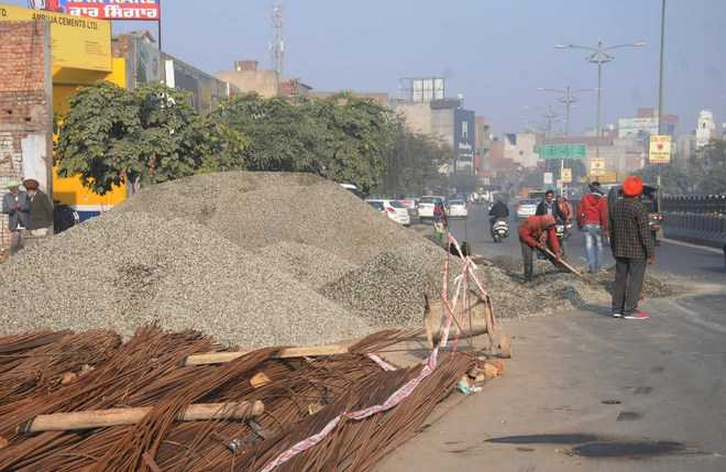 Construction material dumped on road poses a threat to residents