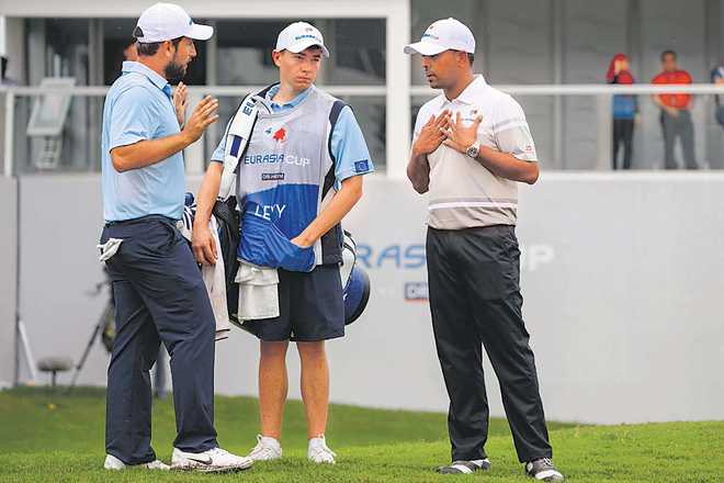 SSP, Lahiri lose but Asia keep lead