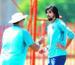 Late arrival hurt us, says Shastri