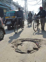 Risking lives, manhole covers not soldered into place