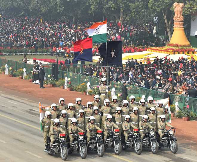 HC cites R-Day to question Army on objections to women in JAG
