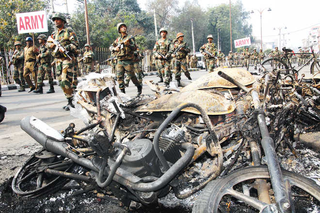 Haryana placates Jats, to withdraw 85 cases