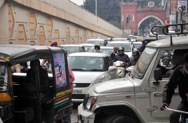 Industrialists give suggestions for streamlining traffic