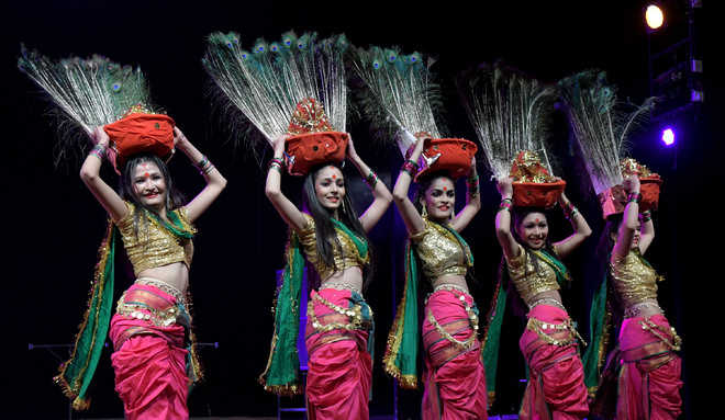 Amateur folk dancers delight audience