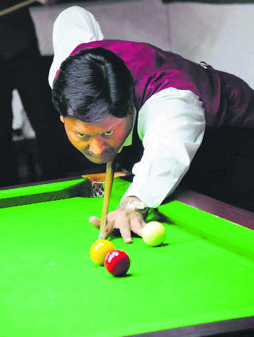 CCI snooker: Rajat overpowers Nabil; Alok in main round