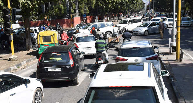 Traffic snarls on roads around PU