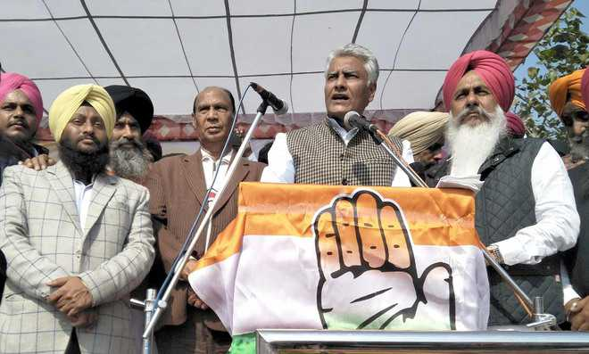 SAD behind financial crisis in state: Jakhar