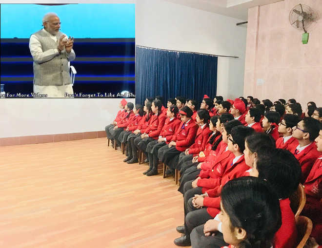 PM interacts with students
