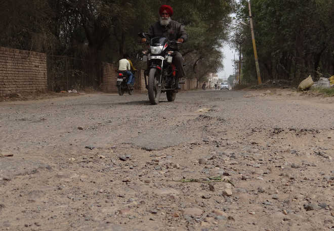 Broken roads become a nightmare for commuters