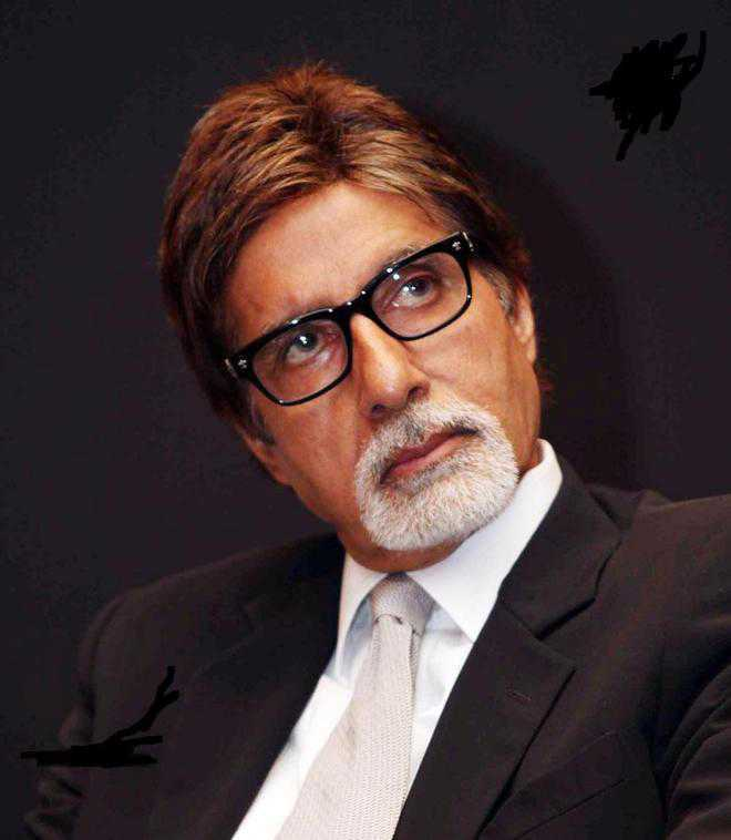 Amitabh Bachchan falls ill during outdoor shoot; calls team of doctors to Jodhpur