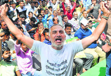 Shutters down in various markets, traders hold protest marches