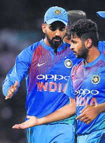 India look to seal place in final