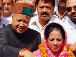 HP ex-CM Virbhadra, wife get bail in money laundering case