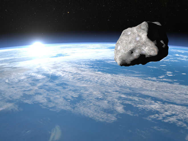 Huge asteroid gives Earth surprise flyby
