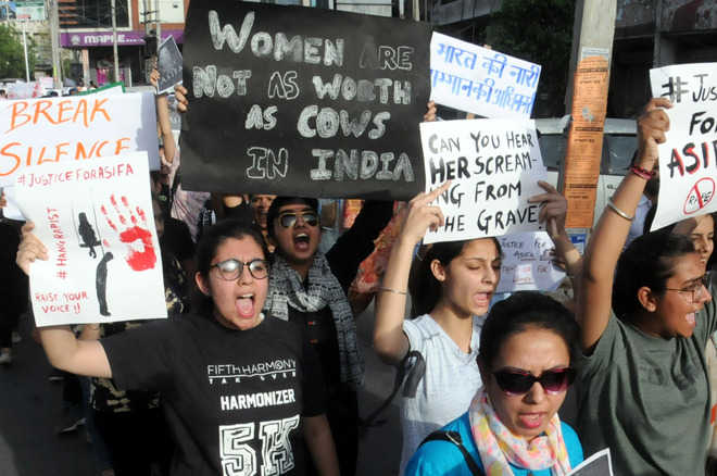 Sea of residents come out in support of rape victims