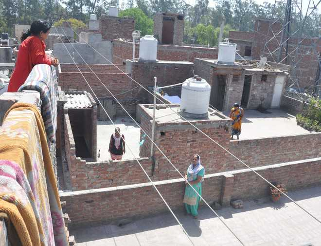 High-tension wires give residents sleepless nights