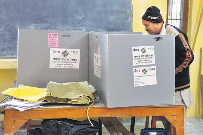 Are simultaneous polls good for governance?