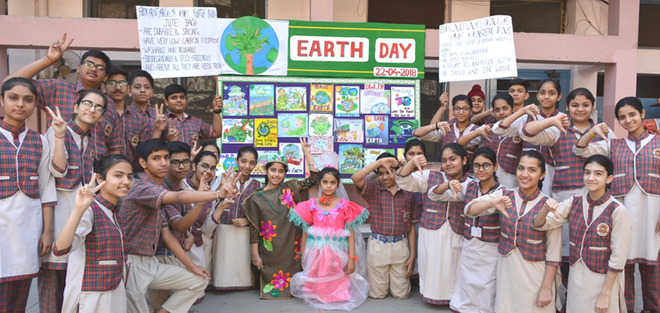 Institutes observe Earth Day