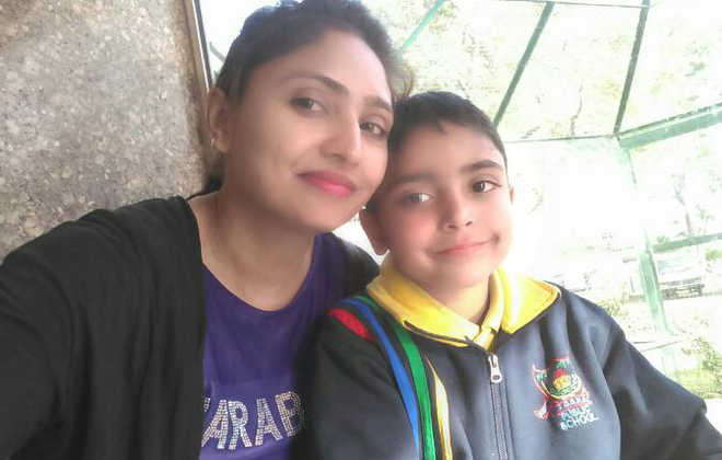 Obeying mother's parting words, 7-year-old did not inform anyone about suicide