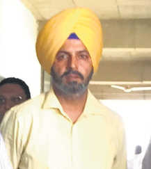 Sub-Inspector, jeweller get 2-year jail for graft