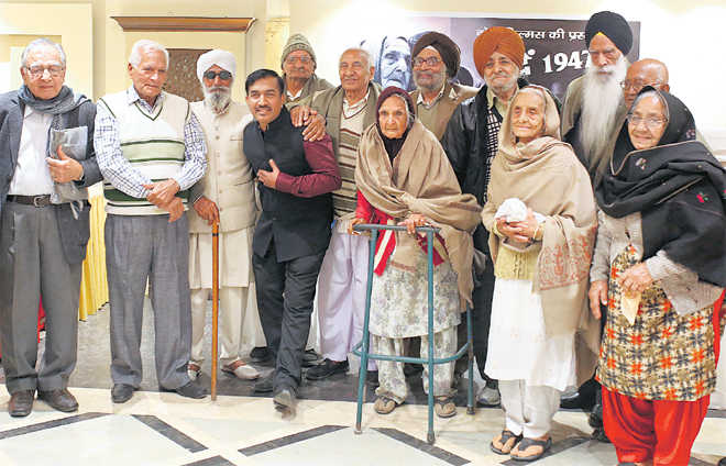 On trail of Partition memories