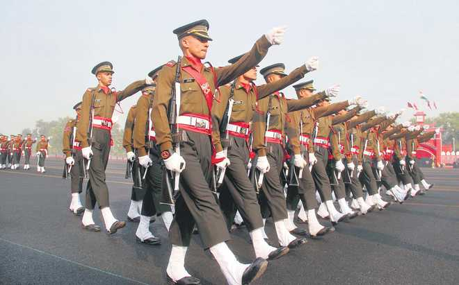 MoD okay with fewer permanent officers