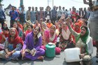Angry residents protest against the local administration as Shimla faces water shortage. Photo taken on May 31, 2018. Tribune photo: Amit Kanwar