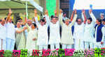 Mega Oppn show at HDK swearing-in