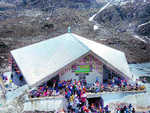 8,000 pilgrims witness Hemkund shrine opening