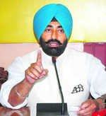 Industrial waste issue: Stopped from entering village, Khaira accuses CM of complicity