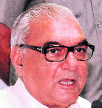 Hooda doesn't rule out tie-up for Assembly poll