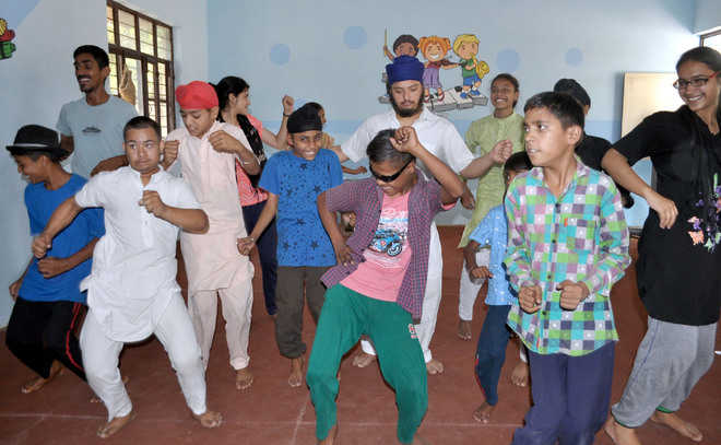 Special kids' creativity gets a fillip at Pehal workshop