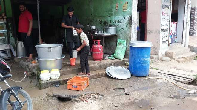 Child labour goes unchecked in Dera Bassi