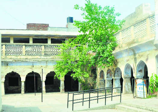 150-year-old Sanskrit college in neglect