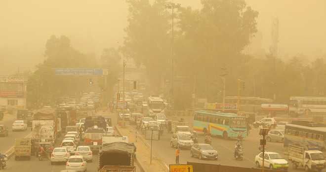 Weather gets dustier; people suffer, pollution board issues advisory