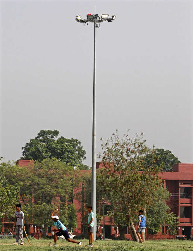 Govt's tall claims proved hollow