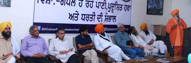 Make demand for pure water a campaign, says Seechewal