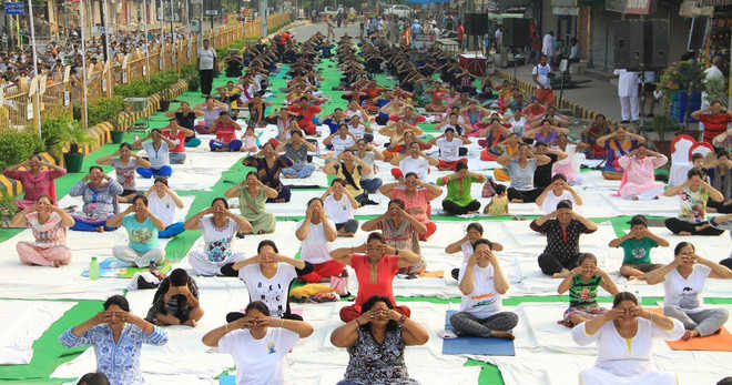 Lack of initiative by health authorities irks yoga experts