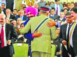 Sidhu embraces Pak army chief, BJP says embarrassing