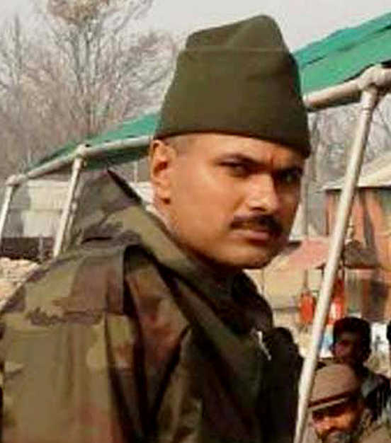 Colonel received gallantry medal yesterday, dies in encounter today