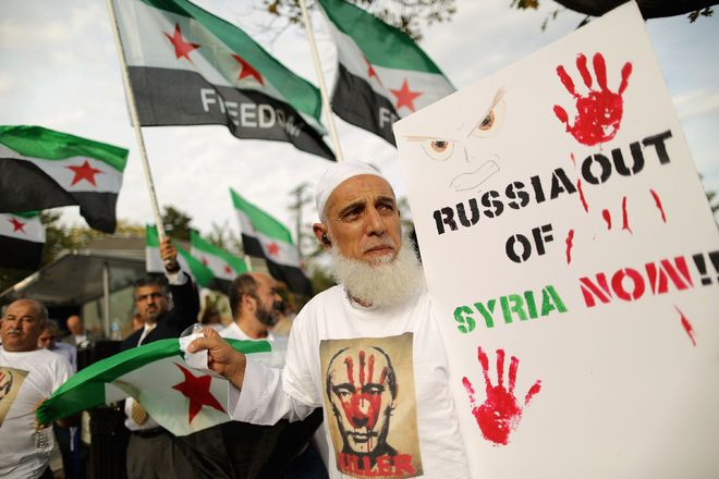 Russia steps up air strikes against Assad opponents