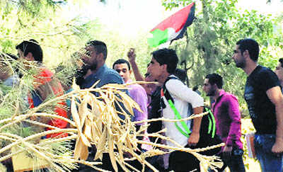 Palestinian students protest India's relations with Israel