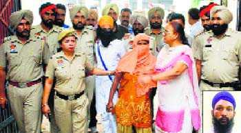 SAD 'activist', granthi among five arrested for sacrilege