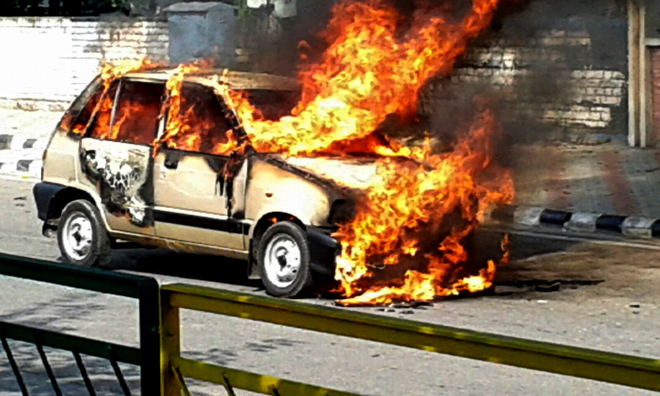 Car catches fire at       Phase VII
