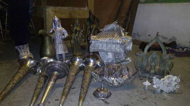 Artefacts stolen from CM's palace recovered