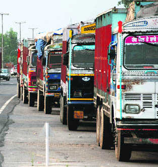 Can't collect green tax from trucks entering Delhi: Contractor to SC