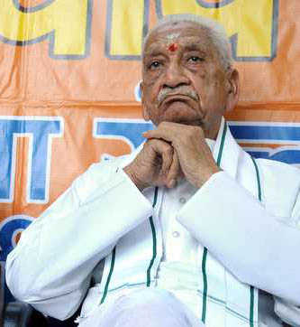 Ashok Singhal dies at 89